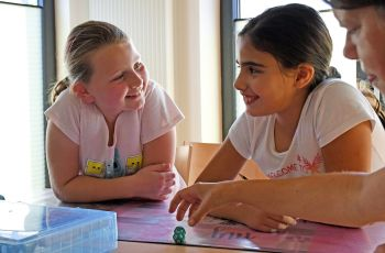 "Learning from each other: Homework help at ""Willkommen im Dorf"""