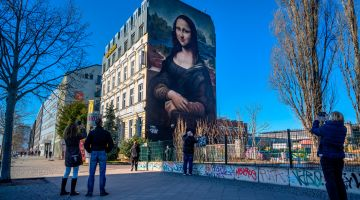 Mona Lisa in Berlin: street art on Prinzessinnenstrasse.