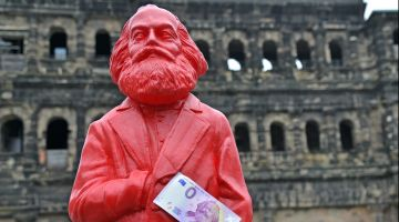 Ready for a big anniversary: Marx sculpture in Trier.
