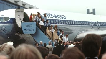 "Return of the liberated passengers of the Lufthansa ""Landshut"" airliner"