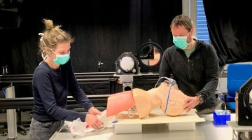 Simulation with a dummy at the OTH Regensburg