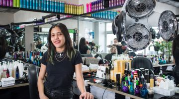 Sherlym Hernandez works as a hairdresser in Berlin.