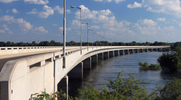 Built with German support: Katima Mulilo Bridge links Namibia to Zambia.