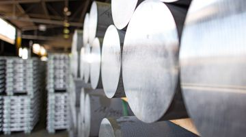 USA is imposing punitive tariffs on steel and aluminium from the EU.