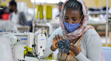 Female worker in Ethiopia: people here are especially affected by the pandemic