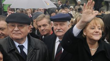 Mikhail Gorbachev, Lech Walesa and Angela Merkel in Berlin in 2009.