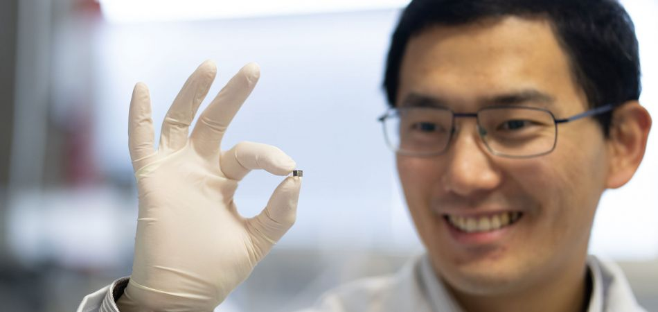 Dr Tian Qui is researching micro-robots