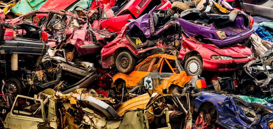 Scrap yard: recycling metals is worthwhile
