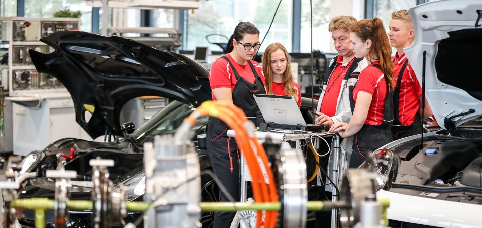 Vocational training in Germany combines theory and practice.