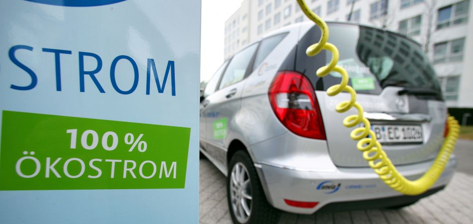 E-mobilty: 'Invest or lose out'
