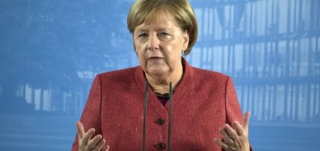 Merkel: Speed up the digitization