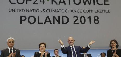 Merkel begrüßt Klimagipfel-Ergebnis