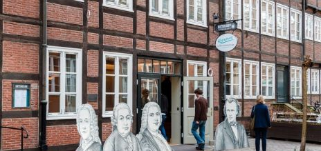 Hamburg honours composers