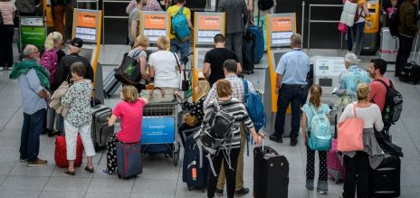 Airport check-in: Why it takes long