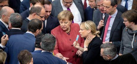 Bundestag begrüßt UN-Migrationspakt