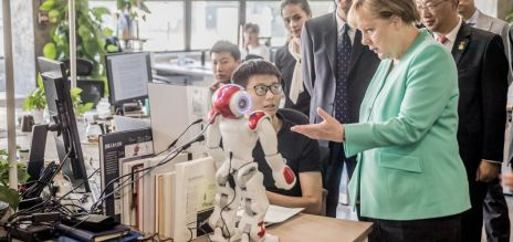Merkel visits innovation hub