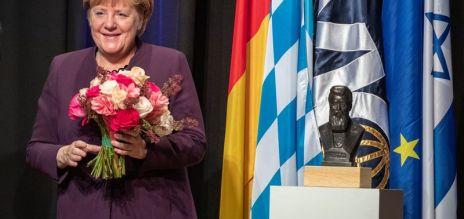 Auszeichnung für Angela Merkel