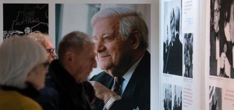 Schau zu 100 Jahren Helmut Schmidt