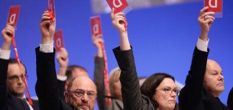 SPD stimmt für Gespräche mit CDU