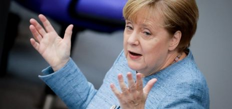 Merkel promises deal with France
