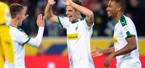 Gladbach go second behind Dortmund