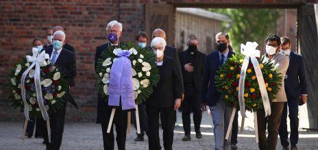 Gemeinsames Gedenken in Auschwitz