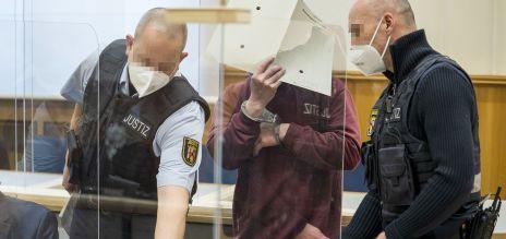 Haftstrafe in historischem Prozess