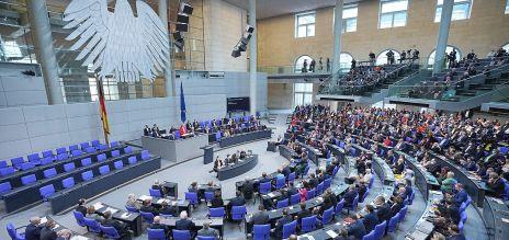 Wieder Frau an der Spitze des Bundestags
