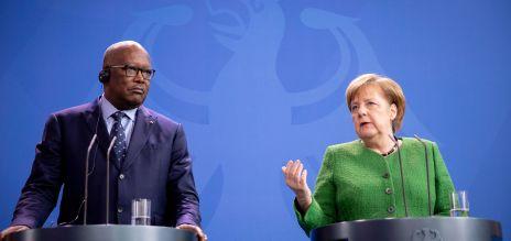 Angela Merkel mit dem Präsidenten von Burkina Faso