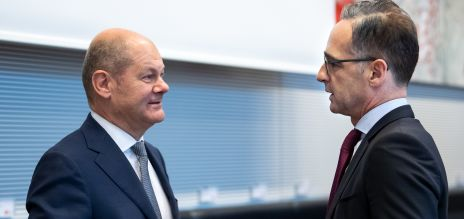 Finanzminister Olaf Scholz und Außenminister Heiko Maas haben sich für gemeinsame europäische Hilfsmaßnahmen im Kampf gegen die Corona-Pandemie ausgesprochen.
