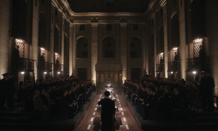 Beth's ultimate test is a chess tournament in Moscow, but it was actually filmed in the Bärensaal of the Altes Stadthaus in Berlin. The venue also served as a filming location for the German series Babylon Berlin.