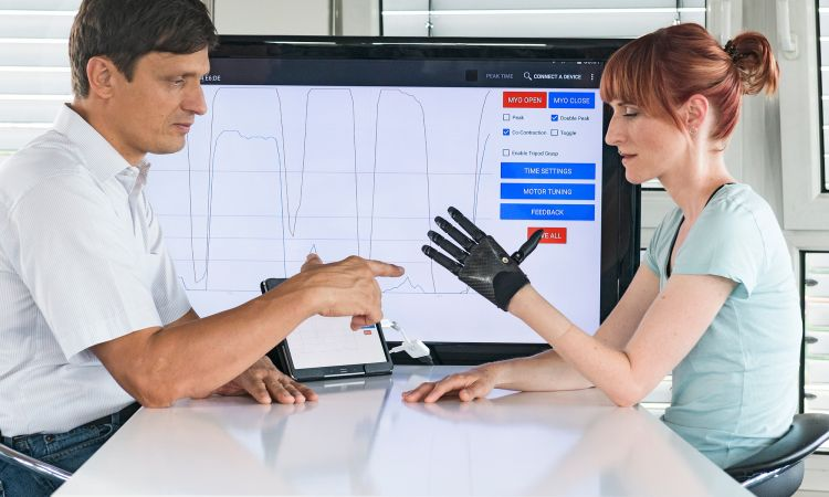 German Future Prize 2017: Helping hands – made-to-measure, high-tech artificial hands