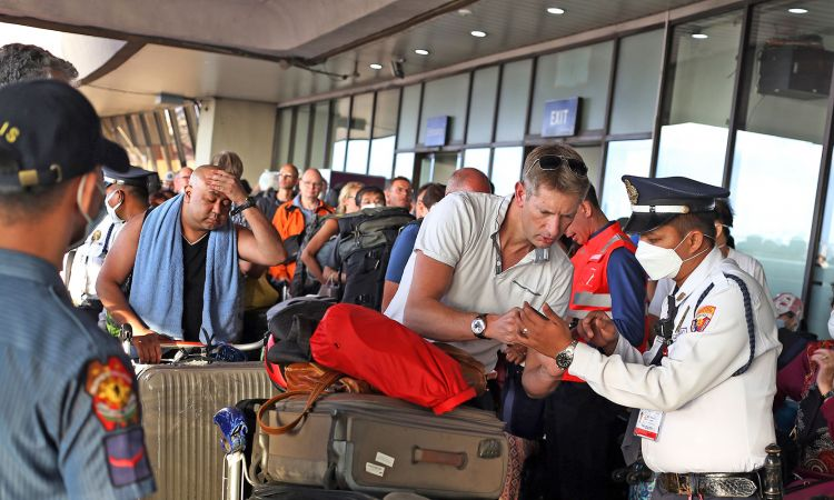 German and European tourists are brought back from the Philippines