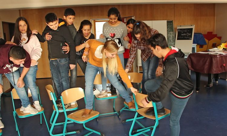 """Social start-ups: """"ZuBaKa"""" helps individual pupils as they enter the school system."""