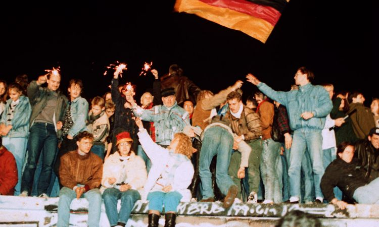 Fall of the Wall: people celebrating the opening of the border in 1989