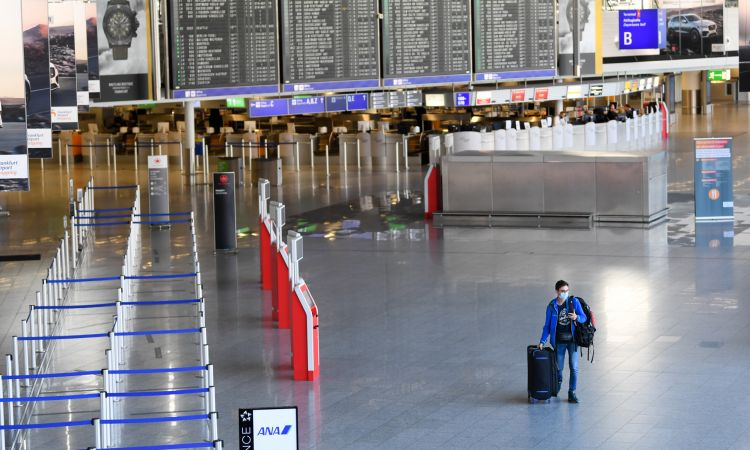 Unusual picture: the Frankfurt Airport almost deserted