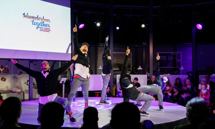 "German beats and classical music: Berlin breakdance crew ""Flying Steps-Flying Bach"""