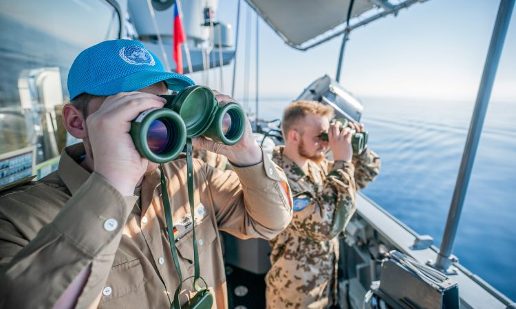 UNIFIL: Marines on board the Ludwigshafen monitor the maritime border.