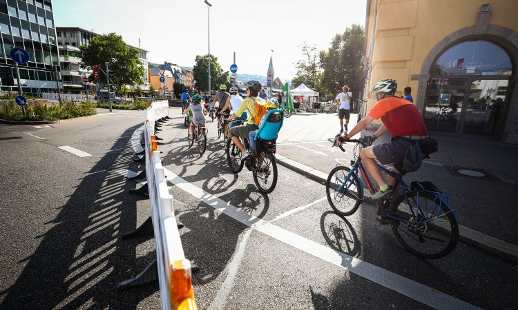 No solo en la capital: Carril bici pop-up en Stuttgart